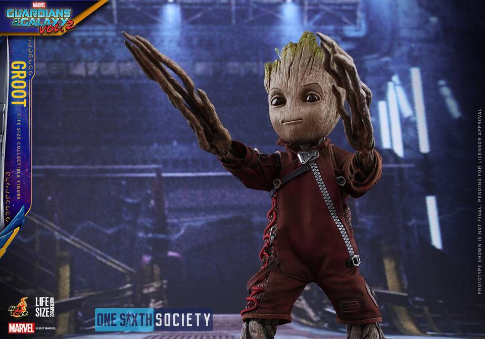 The Hot Toys Guardians of the Galaxy Vol. 2 Baby Groot also comes with an amazing suit!