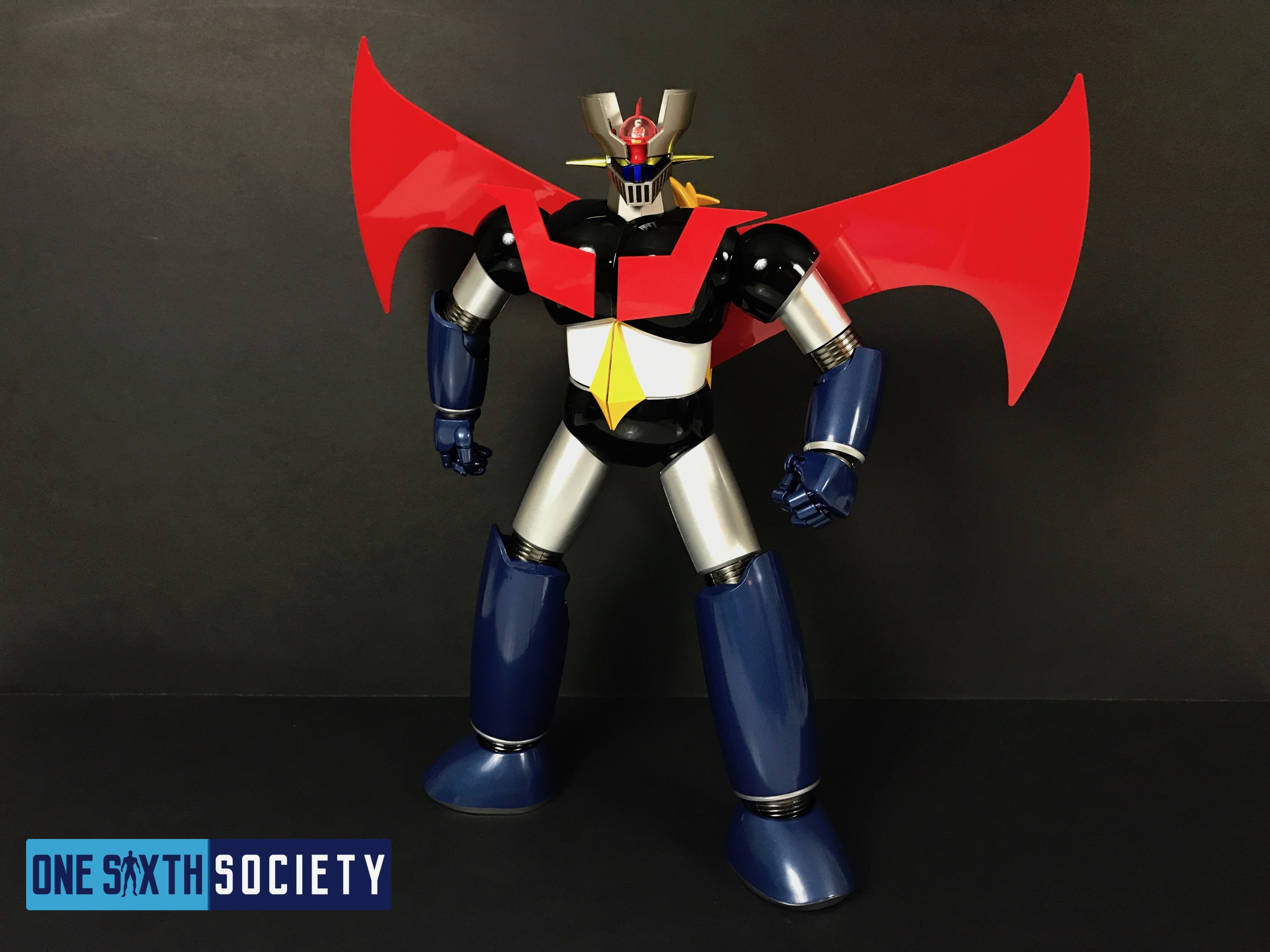 The Future Quest Mazinger Z figures Scrander is 16 inches Wide!