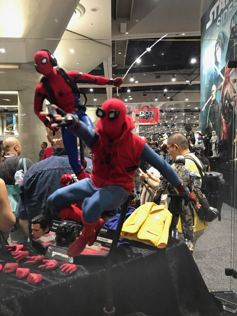 Hot Toys Comic Con 2017 Spider man Figures