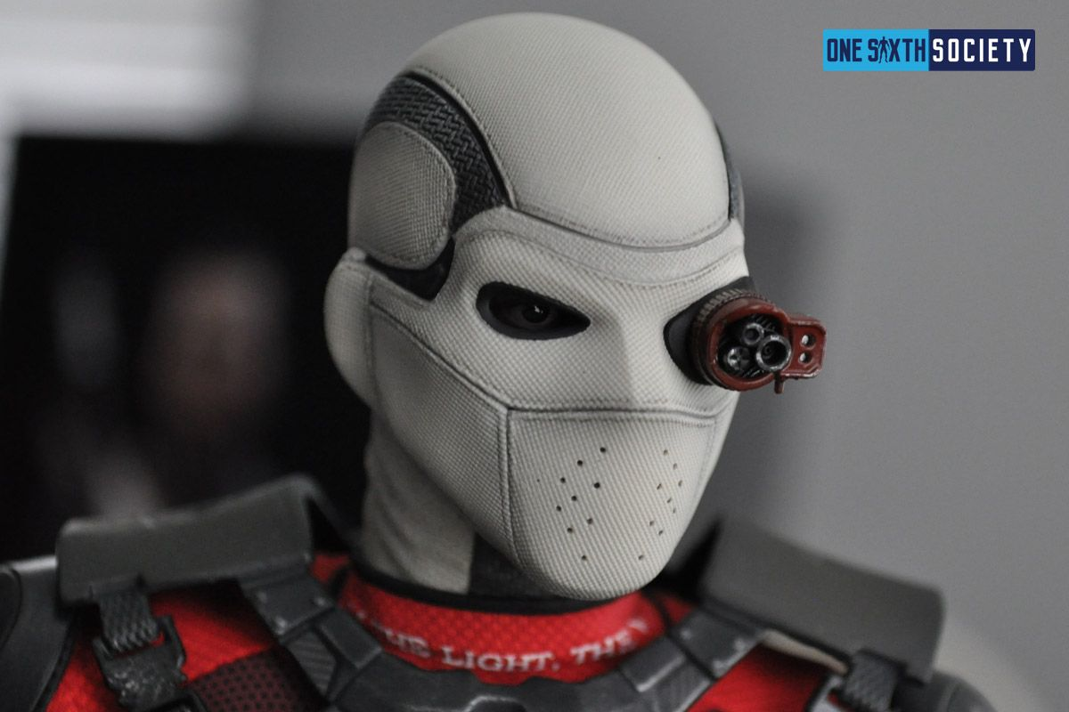 The Detail on the Hot Toys Deadshot Mask is Amazing