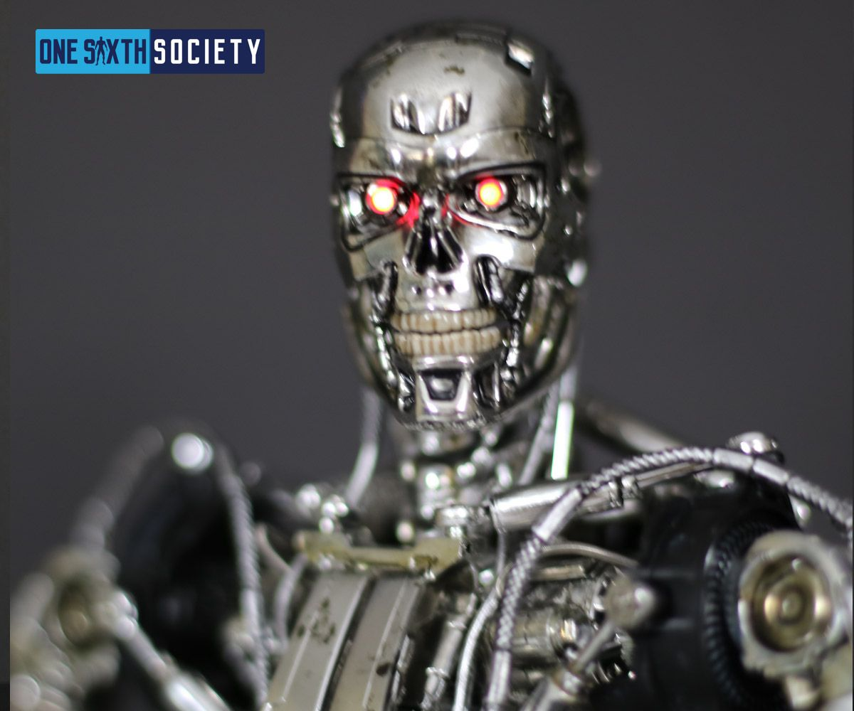 The Hot Toys Terminator Genisys Endoskeleton Head Sculpt has a great likeness to the T-800